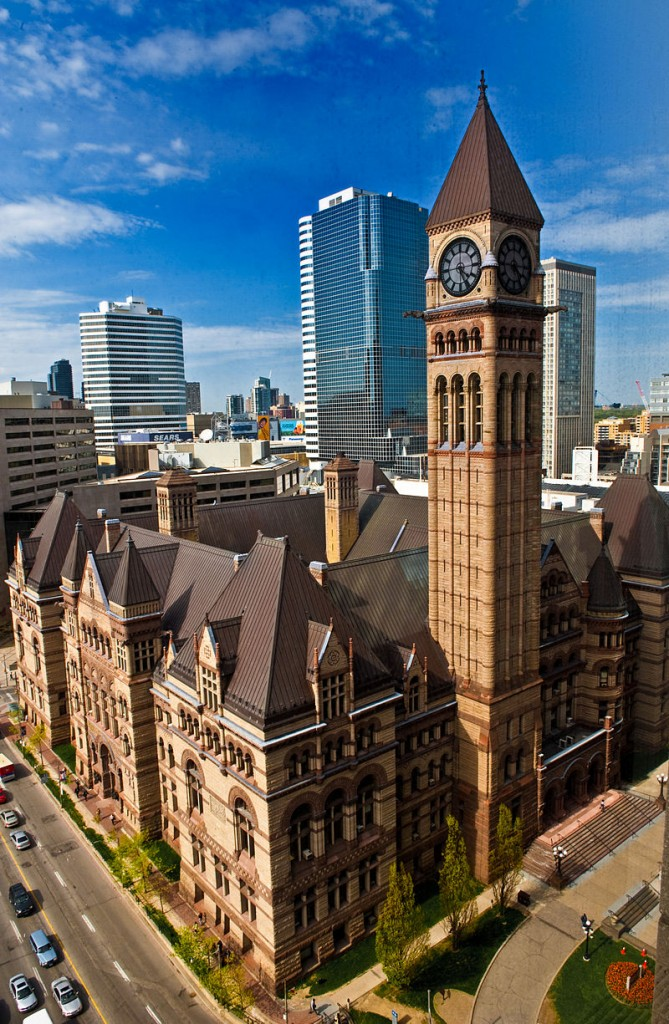 800px-Torontos_Old_City_Hall_2009